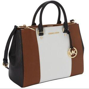 0451e549dd56 Michael Kors · Michael Kors Sutton Medium Saffiano Leather Tote✨